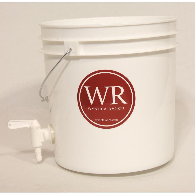 Bucket Water reservoir with Valve Adapter